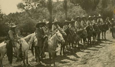 Zapatistas a caballo