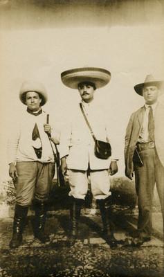 Jefes revolucionarios, retrato de grupo