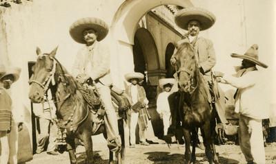 Jefes zapatistas a caballo, retrato