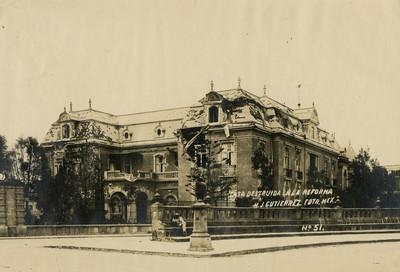 Casa destruida en la Reforma