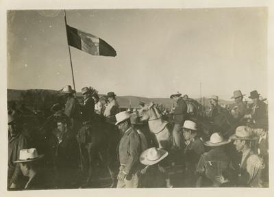Juan Andrew Almazán en campaña