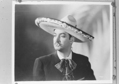 Jorge Negrete con cigarro, retrato