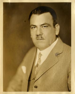 Plutarco Elías Calles, presidente, retrato