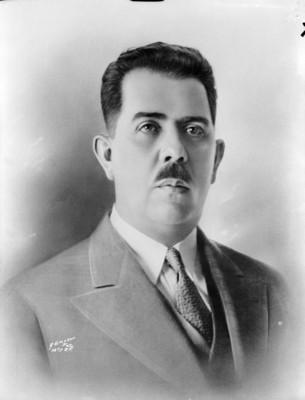 Lázaro Cárdenas del Río, presidente, retrato