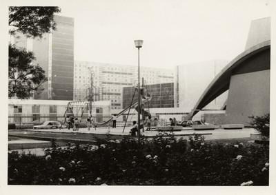 Parque en la unidad habitacional Tlatelolco