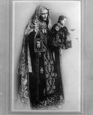 Imagen religiosa de la virgen con el niño