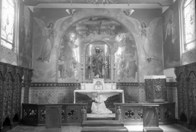 Altar religioso, vista frontal