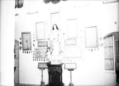 Beata Beatriz de Silva en un altar religioso