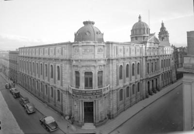 """Escuela de Odontología"", fachada"