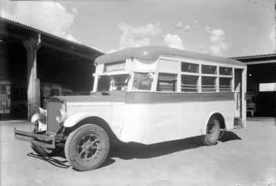 Autobús de la ruta Martínez de la Torre-Lagunilla