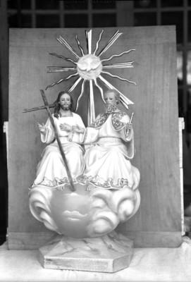 Dios Padre, Dios Hijo y Dios Espíritu Santo, escultura