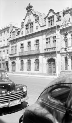Edificio público, fachada