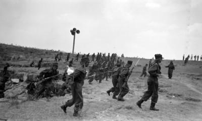 Militares representan la batalla del 5 de mayo