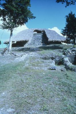 Templo de los Mascarones, zona arqueológica de Kohunlich