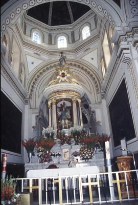 Altar mayor del templo de San Miguel del Milagro, Tlaxcala