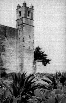 Torre del convento en Acolman