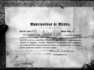 Boleta electoral suscrita por Porfirio Díaz