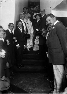 Francisco León de la Barra y el ministro de España, con sus respecivas esposas, durante las fiestas de la Covadonga