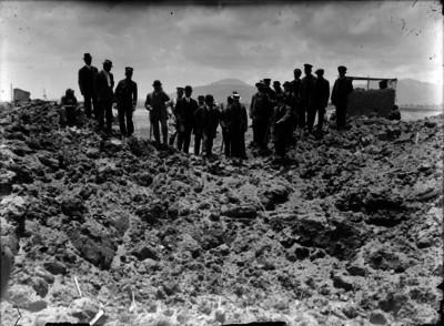 Francisco I. Madero y comitiva visitan la zona arqueológica de Teotihuacán