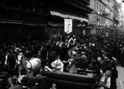 Manifestación de apoyo a Félix Díaz pasa por la avenida San Francisco