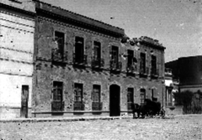Edificio bombardeado durante la Decena Trágica