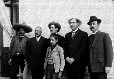 Revolucionarios rebeldes al gobierno de Huerta, retrato de grupo