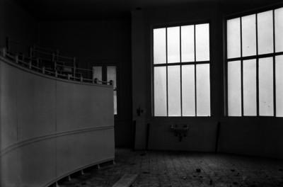 Vista parcial del anfiteatro de un hospital