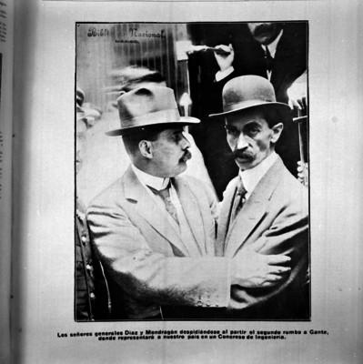Félix Díaz abrazando a Manuel Mondragón en la estación del Ferrocarril Mexicano, publicación