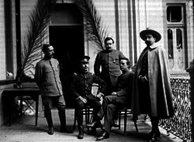Eduardo Hay y Ramón F. Iturbe junto a otros delegados de la Convención de Aguascalientes