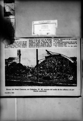"""""""Ruinas del Hotel Comercio de Columbus después del ataque de los villistas"""", reprografía bibliográfica"""