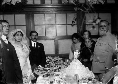 Venustiano Carranza durante el banquete de bodas de César López de Lara
