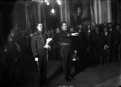 Francisco L. Urquizo en su toma de protesta como secretario de Guerra y Marina