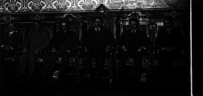 Eulalio Gutiérrez con miembros de su gabinete, retrato de grupo