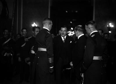 Plutarco Elías Calles con embajadores