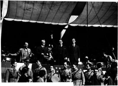 Plutarco Elías Calles con el embajador de Estados Unidos en un evento político