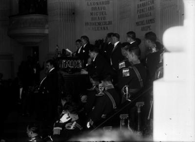 Plutarco Elías Calles, al rendir su último informe frente al congreso de la Unión