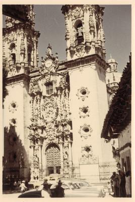 Fachada de la iglesia de Santa Prisca, Taxco