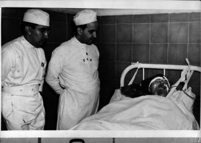 León Trotsky en el hospital