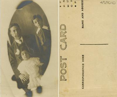 Jorge de la Orta acompañado de un hombre y niña, retrato, tarjeta de visita
