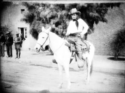 Hombre a caballo, retrato