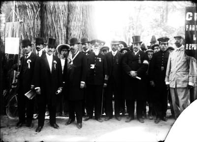 Militares veteranos durante ceremonia