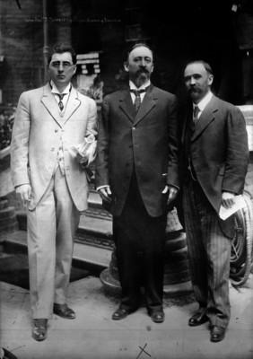 Francisco I. Madero (Sr.) y sus hijos Gustavo y Francisco