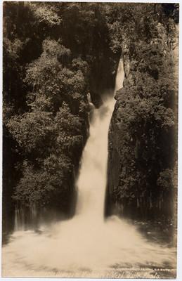 """Cascada de la Tzararacua, """"Falls of Zararraqua [sic]"""""""