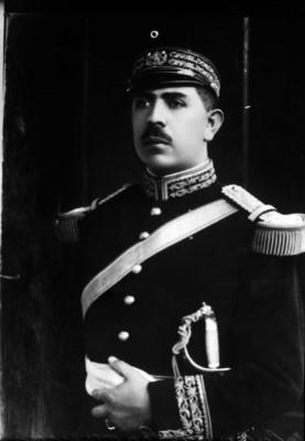 Lázaro Cárdenas, general, retrato