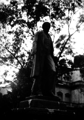 Monumento a Andrés Quintana Roo en Av. Reforma