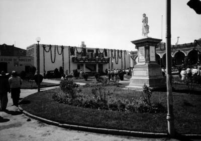 Monumento a Miguel Hidalgo en Xochimilco