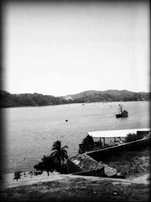 Puerto de Acapulco, visto desde el fuerte de San Diego