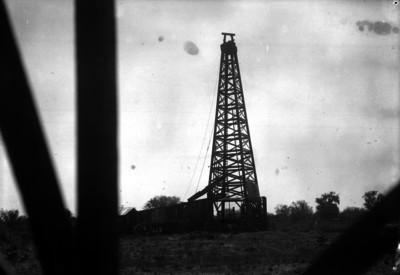 Torre de un pozo petrolero