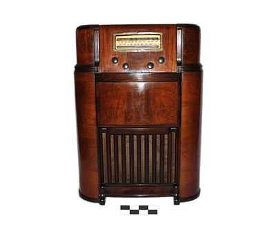 Radio tornamesa