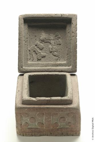 Caja de Motecuhzoma II